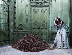 Cinderella, 2005 © Eugenio Recuenco, Camera Work
