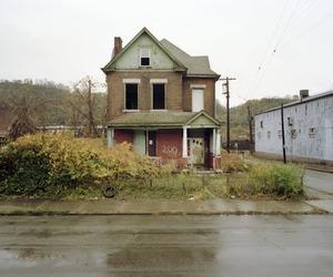 Abandoned, Talbot Ave., Braddock, PA, 2008 © Sean Hemmerle, Feroz Galerie
