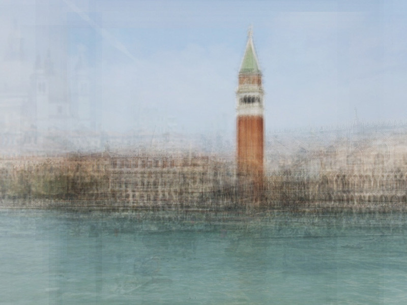 Venezia, from the series Photo Opportunities © Corinne Vionnet