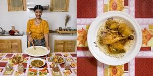 Lebgaa Fanana, 42 years old  Timimoun, Algeria. Chicken and vegetables CuosCous © Gabriele Galimberti