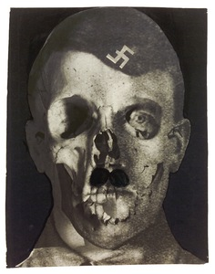 Grauenfresse / Hitler, Holland, 1933. Collage and ink on photomontage (gelatin silver print, double-exposition). Printed later. Collection Helaine and Yorick Blumenfeld, Courtesy of Modernism Inc., San Francisco © The Estate of Erwin Blumenfeld