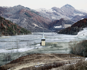 The Flooded Village of Geamana (Geamana, Central Romania), 2011 © Tamas Dezso