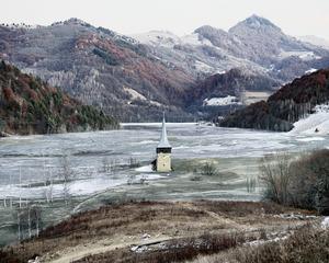 The Flooded Village of Geamana (Geamana, Central Romania), 2011 © Tamas Dezso