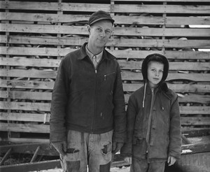 Mr. Anderson and son, near Sandstone, Minnesota, 1957; gelatin silver print; courtesy the photographer and Pace/MacGill Gallery, New York; © John Szarkowski (Plate # 30)