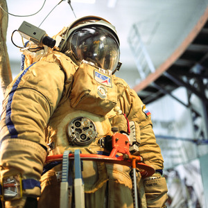 Space suit, Vykhod specialised simulator, Star City. © Maria Gruzdeva