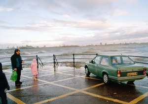 "Mersey Family, Vauxhall. From the exhibition ""Landscapes"" © Tom Wood"