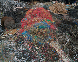 China Recycling #7, Wire Yard, Wenxi, Zhejiang Province, 2004 © Edward Burtynsky