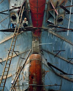 Shipyard #16, Qili Port, Zhejiang Province, 2005 © Edward Burtynsky