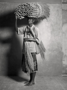 BROOM MAKER/SELLER, $20 WEEKLY, 2011 © Supranav Dash