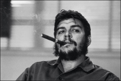 Che Guevara, 1963. The icon: this picture appeared on p. 27 of Look (published 9 April 1963) in a very small format and severely cropped. © René Burri / Magnum Photos