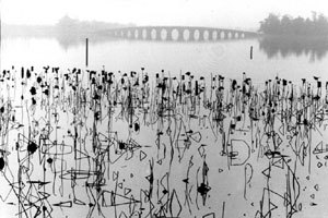 Kunning Lake, near Beijing, 1964. Burri talkes about this photograph in the brief audio interview included here. © René Burri / Magnum Photos