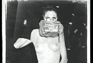 Sophie 4, 186 x 135 cm, 2002 © Jeff Cowen