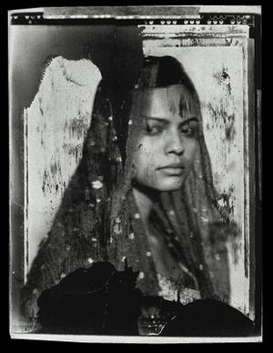 Molly, 182 x 127 cm, 2001 © Jeff Cowen