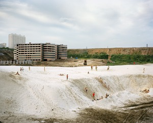 "Dzerzhinskiy II, 2009. From the series ""Pastoral: Moscow Suburbs"" © Alexander Gronsky/INSTITUTE"