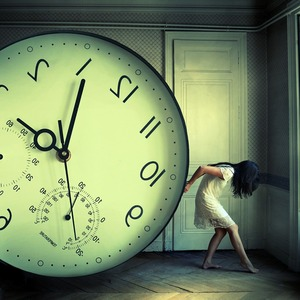 The weight of time © Julie De Waroquier