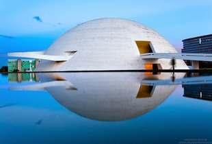 Museo Nacional de Brasilia at Dusk - © Andrew Prokos - http://andrewprokos.com