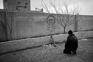 © Maciej Moskwa/TESTIGO.pl Rebel fighter praying near Maarrat Al-Nouman. February 2013, Idlib province.