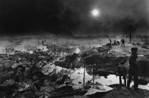"""Cambodia. Bombardment of Phnom-Penh. 1975. From the book """"War Photographer: Between Shadow and Light"""" © Christine Spengler"""