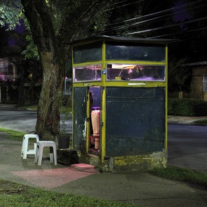 In the early 90s, the private guardhouses spread like a fever across Brazil's big cities. In São Paulo, there are now tens of thousands of sentry boxes scattered throughout the city. © Stefan Schmeling