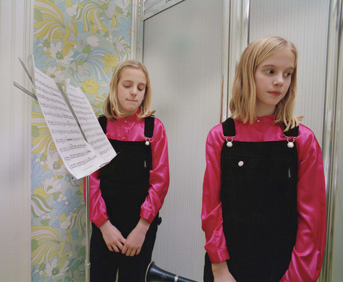 Girls rehearsing, 1997. © Blake Fitch