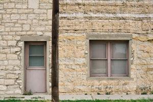 Limestone Building, Fort Stockton, TX © Karen Strom