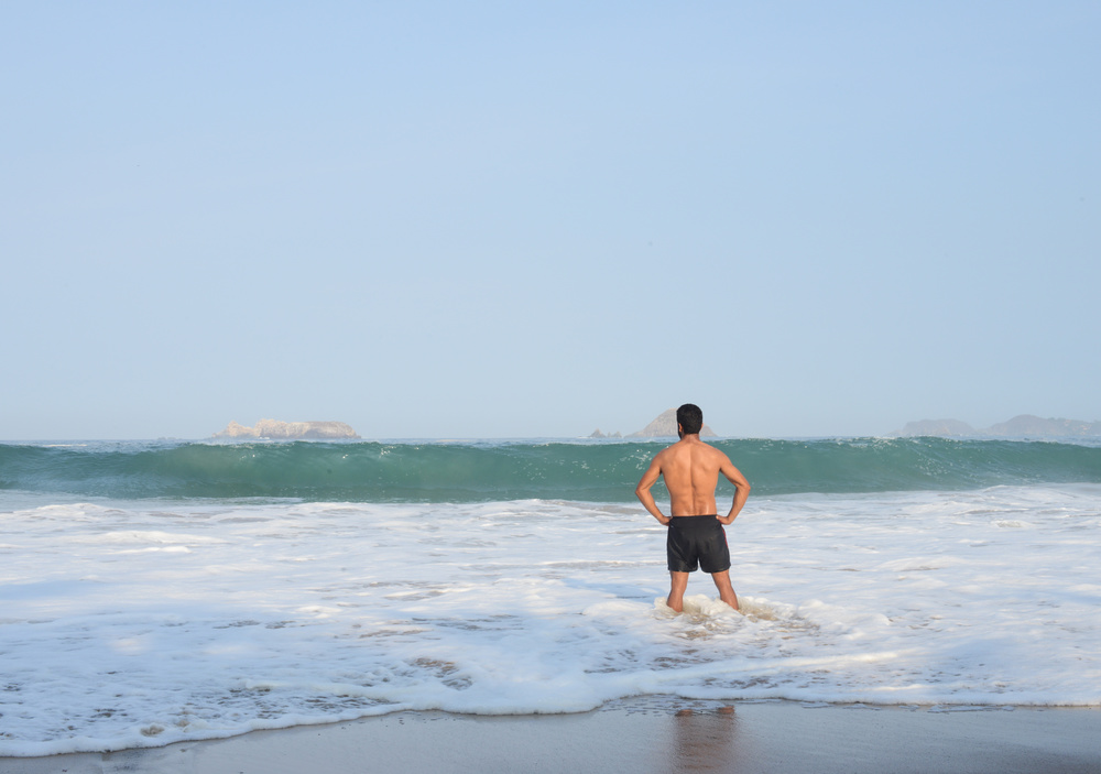 Thriathlon swimmer. Ixtapa.