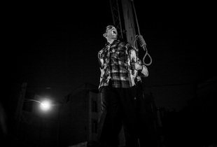 the last moment of life Sadegh (32)  He was accused to kidnapping and raping to four women _ Tehran 2012