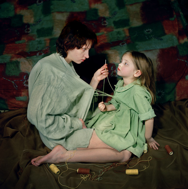 Attachment, 2006. From the series, Anna & Eve, © 2005-2012 Viktoria Sorochinski