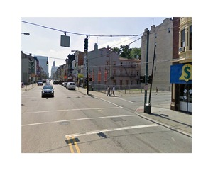 West Fifteenth Street and Vine Street, Cincinnati, Ohio     © Pep Ventosa