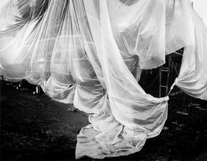 Under Wraps: Buildings in Transition © Loren Nelson