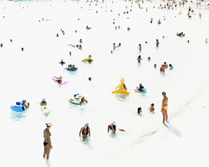© Massimo Vitali, 2004, Galleria Brancolini Grimaldi, Courtesy of Photo-London
