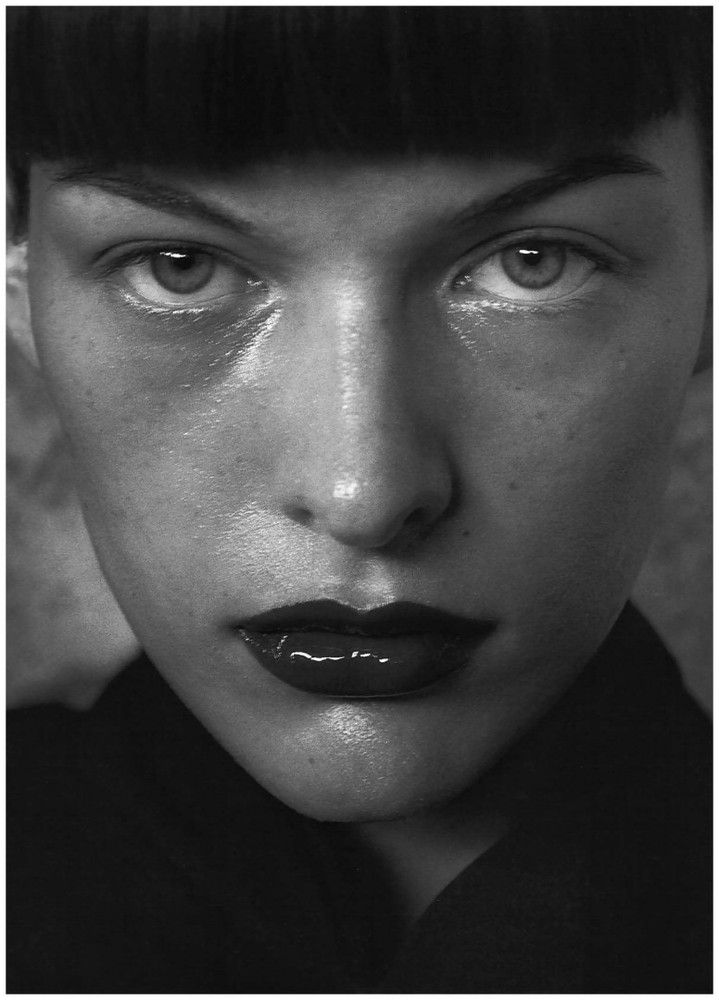 Milla Jovovich, Vogue Italy, March 1998 © Peter Lindbergh